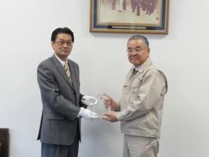 赤十字サポーター授与記念撮影R1